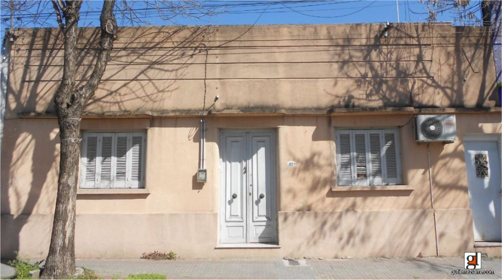 Casa calle Colon esq Larrañaga San Jose Uruguay I